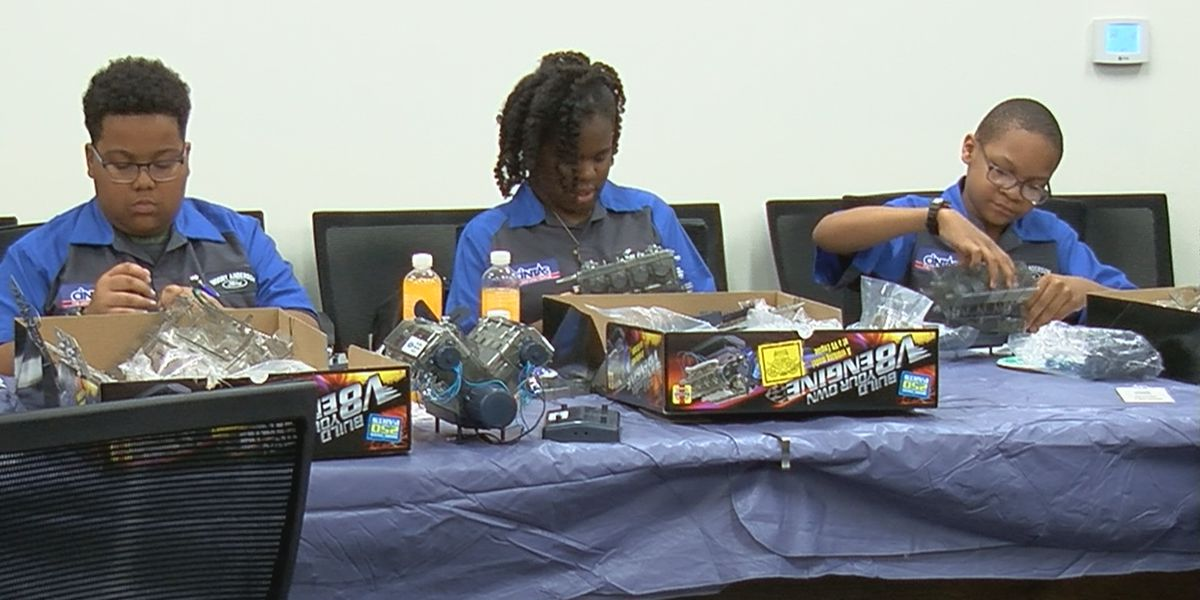 Huntsville students learn about cars to help their futures