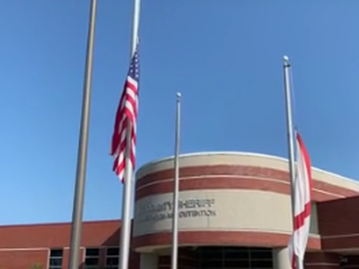Governor orders flags lowered for fallen east Alabama officer