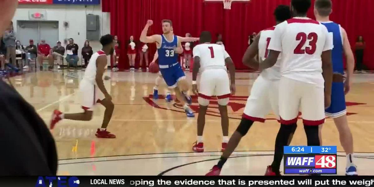 UAH basketball teams prepare for Delta State