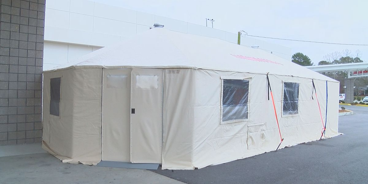 Precautionary tents set up at Marshall Medical Centers due to increase in patients