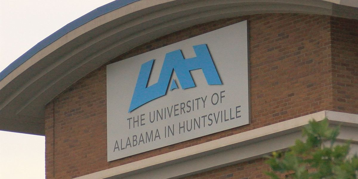 UAH presents entrepreneurial competition for high school students