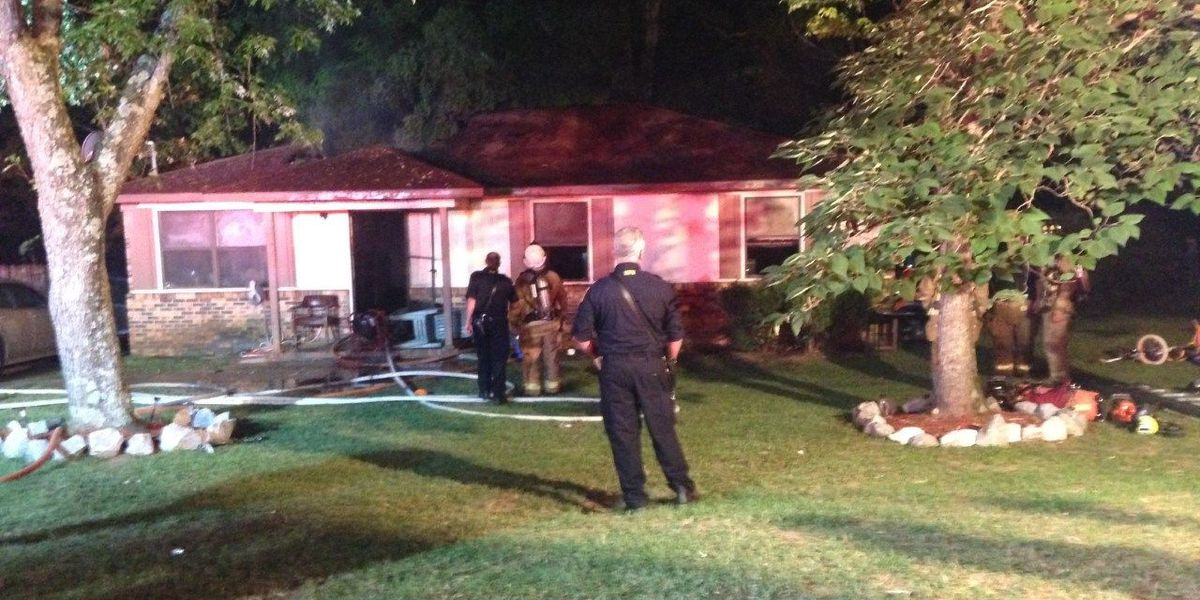 Huntsville family of 3 loses home in fire
