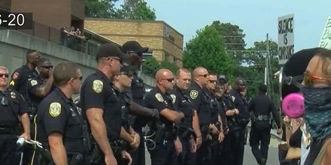 Attorneys accuse the city of Hoover of mistreating peaceful protesters
