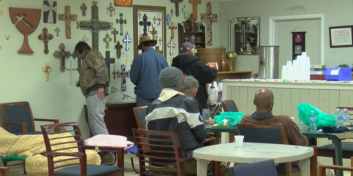 Grateful Community Church opens warming shelter for homeless