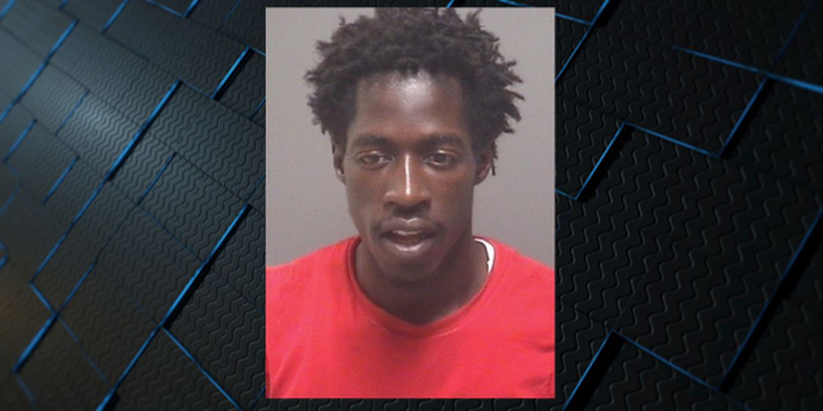'Armed and dangerous' suspect wanted in Decatur
