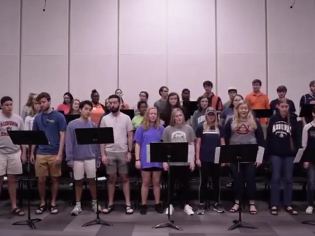 Auburn choir covers fan-favorite basketball anthem 'We've Got Jared'