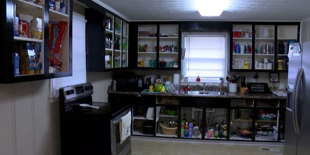 Local cabinet refinisher leaves work unfinished