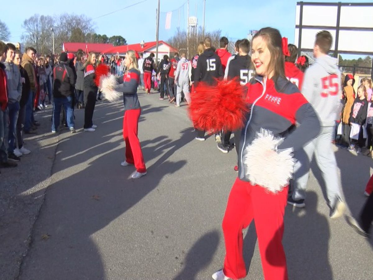 Fyffe Red Devils travel to Auburn for 2A state football championship