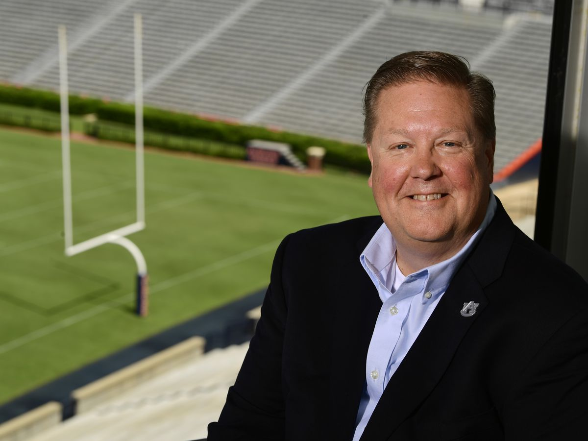 Andy Burcham named voice of the Auburn Tigers
