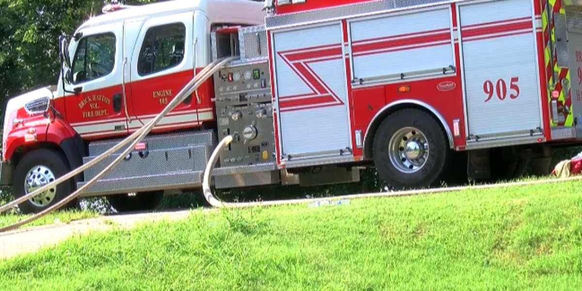 Shoals firefighter suffers from heat exhaustion