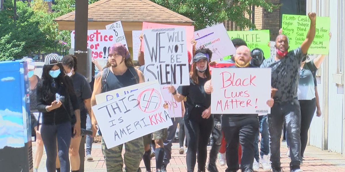 Peaceful protest held in Downtown Huntsville in reaction to George Floyd killing