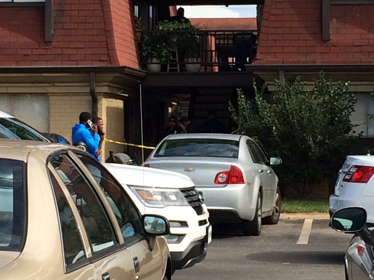 Teen killed in shooting at Huntsville apartment complex