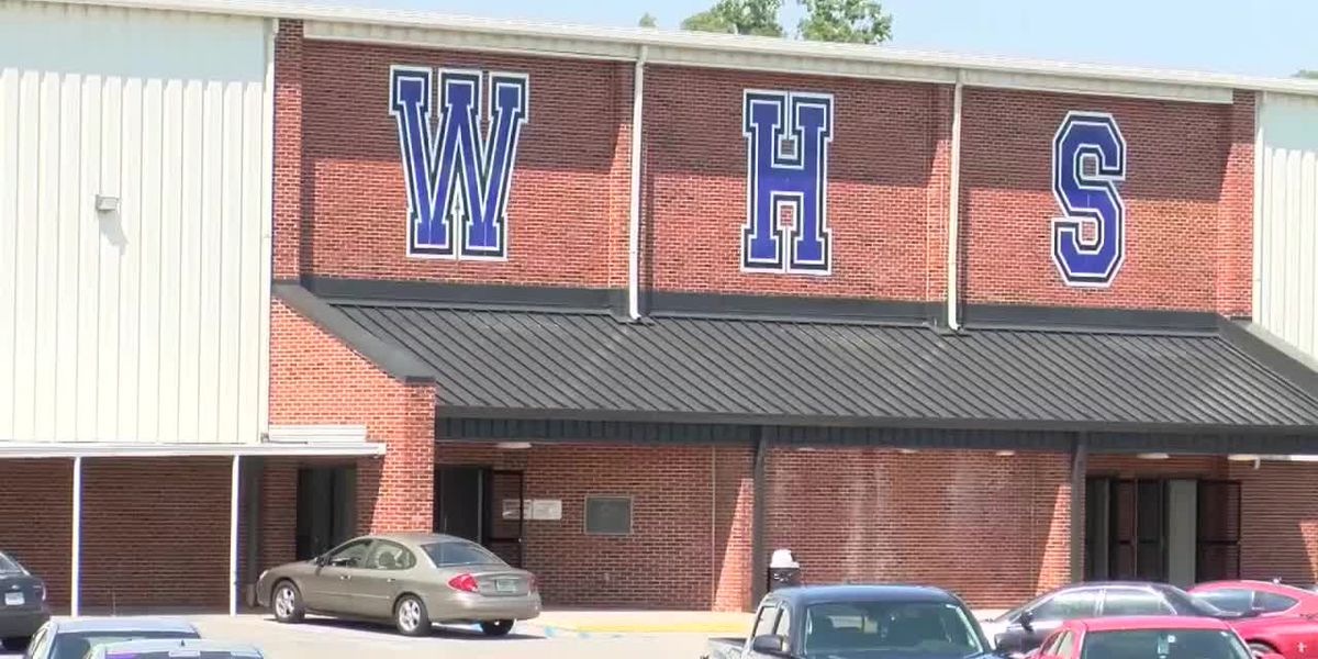 Shoals school administrators put the doors back on bathroom stalls amid vaping battle