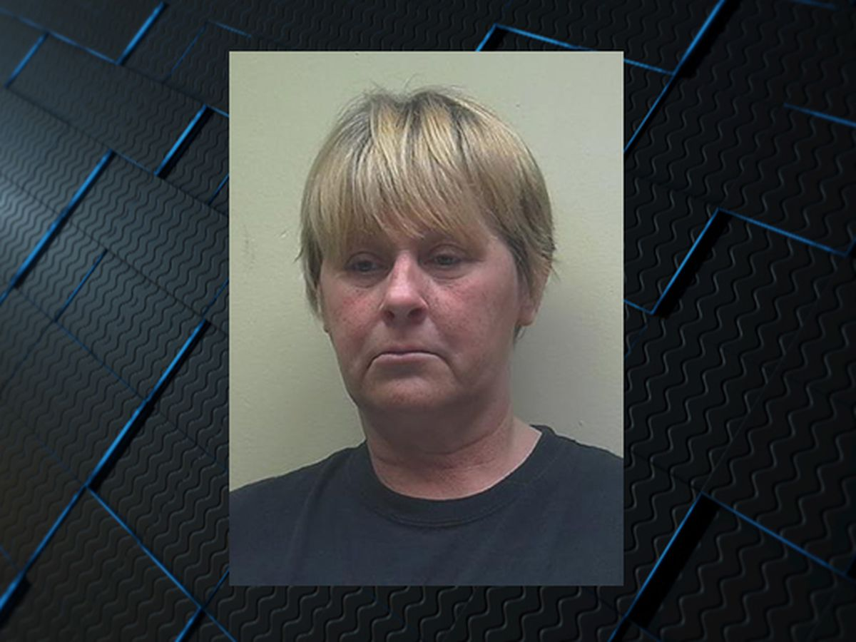 Woman charged in deadly shooting in Lauderdale County