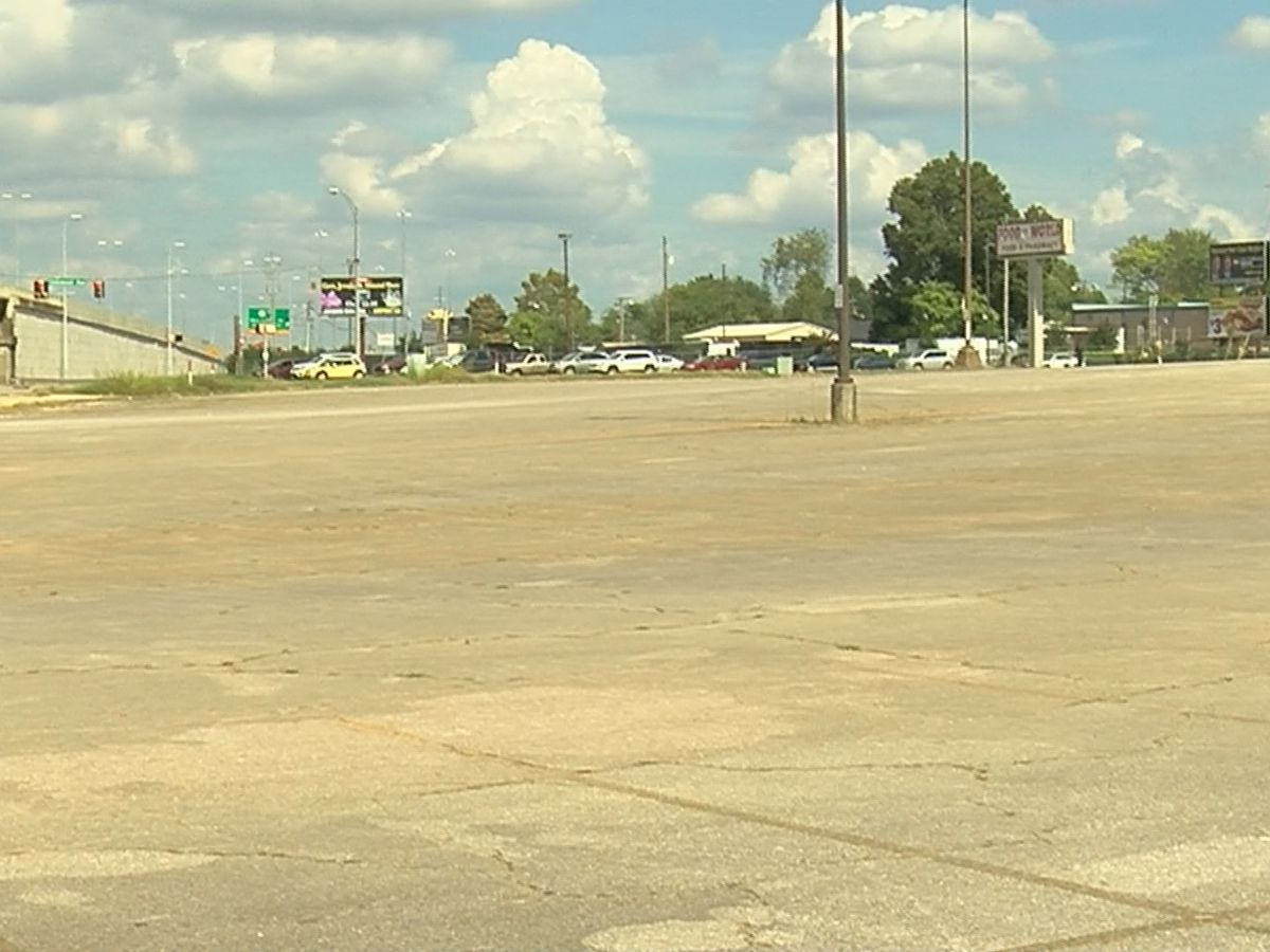 Madison County Commission buys huge lot on North Memorial Parkway