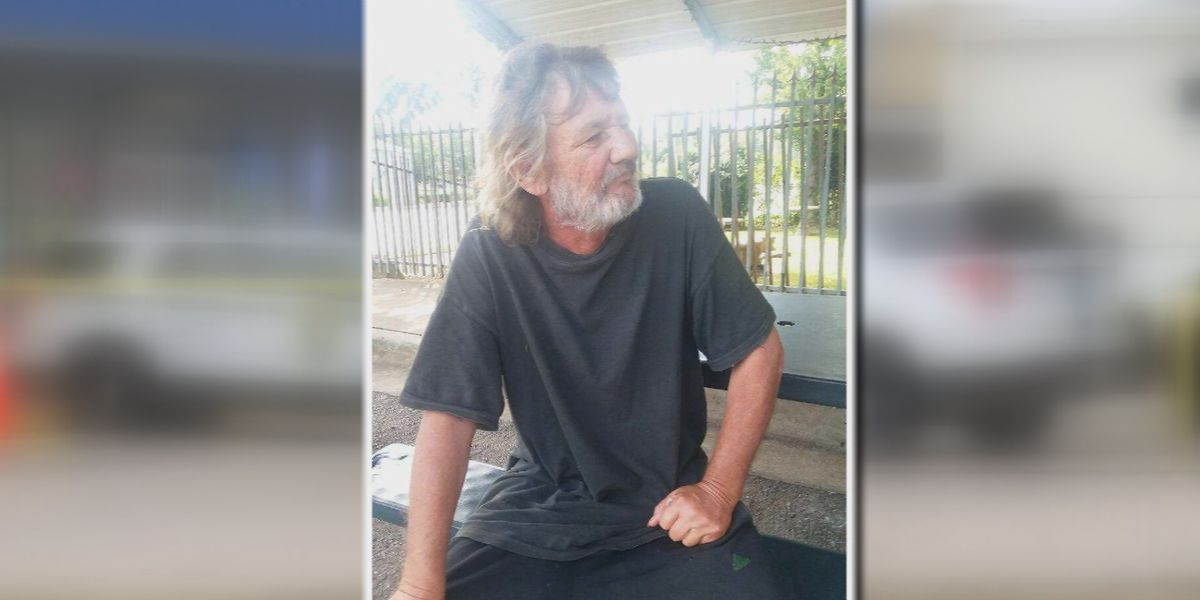 Family of homeless man found outside Huntsville gas station believe he died in the cold