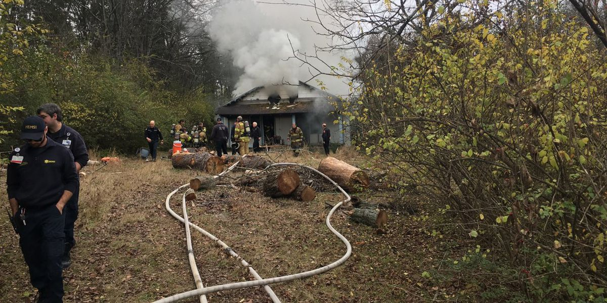 Crews investigating fire on Stonegate Drive in South Huntsville