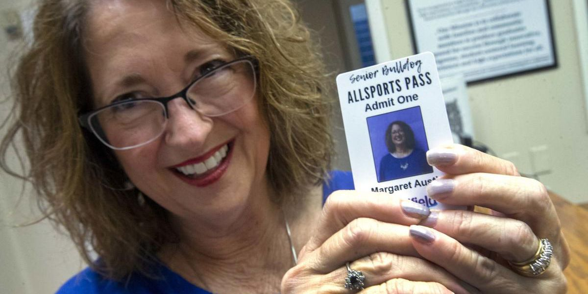Special passes honor Sheffield's senior adult alumni