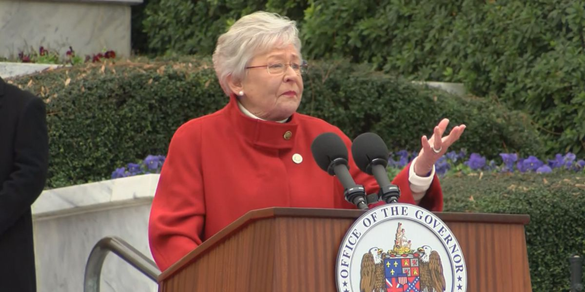 Kay Ivey's inaugural address looks to the past, on to the future