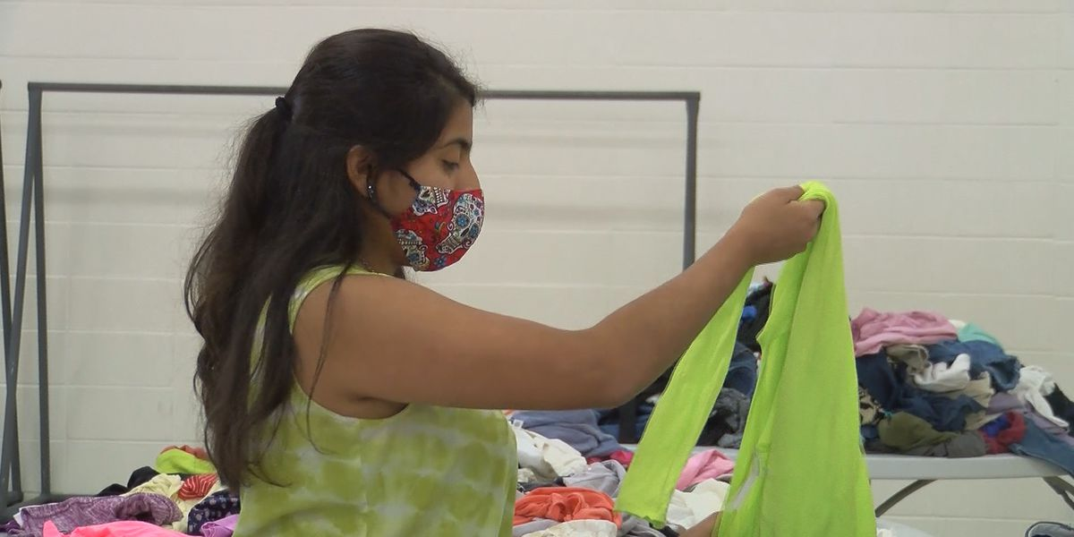 Albertville High School free clothing event for students