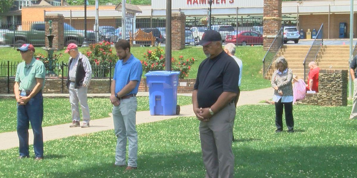 Fort Payne celebrates National Day of Prayer at city park