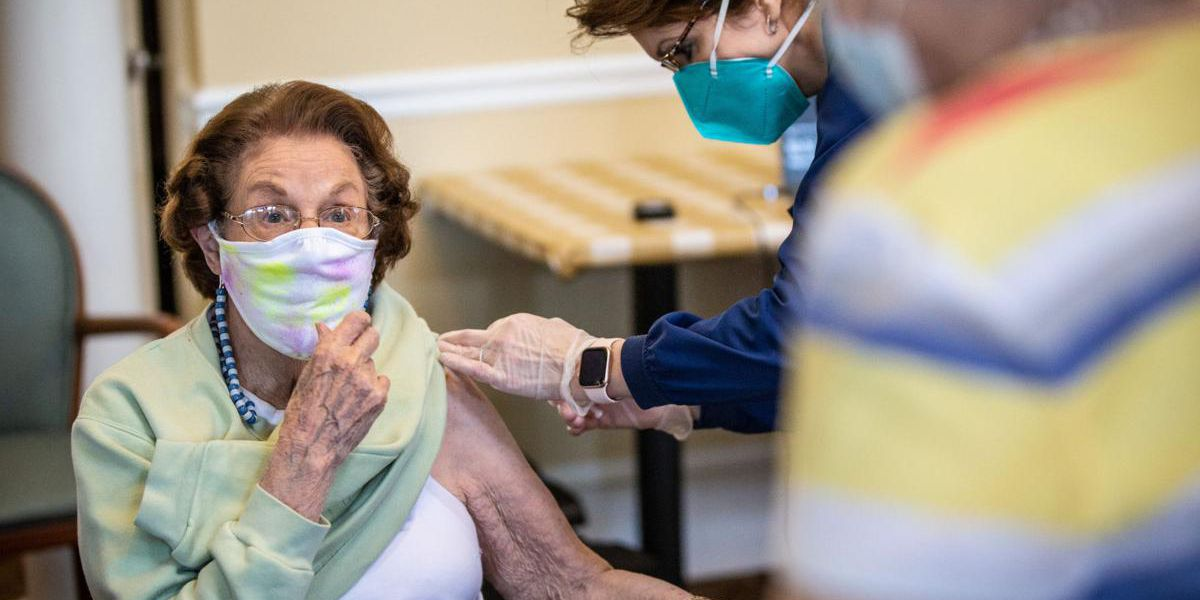 Florence assisted living residents, staff get COVID-19 vaccine