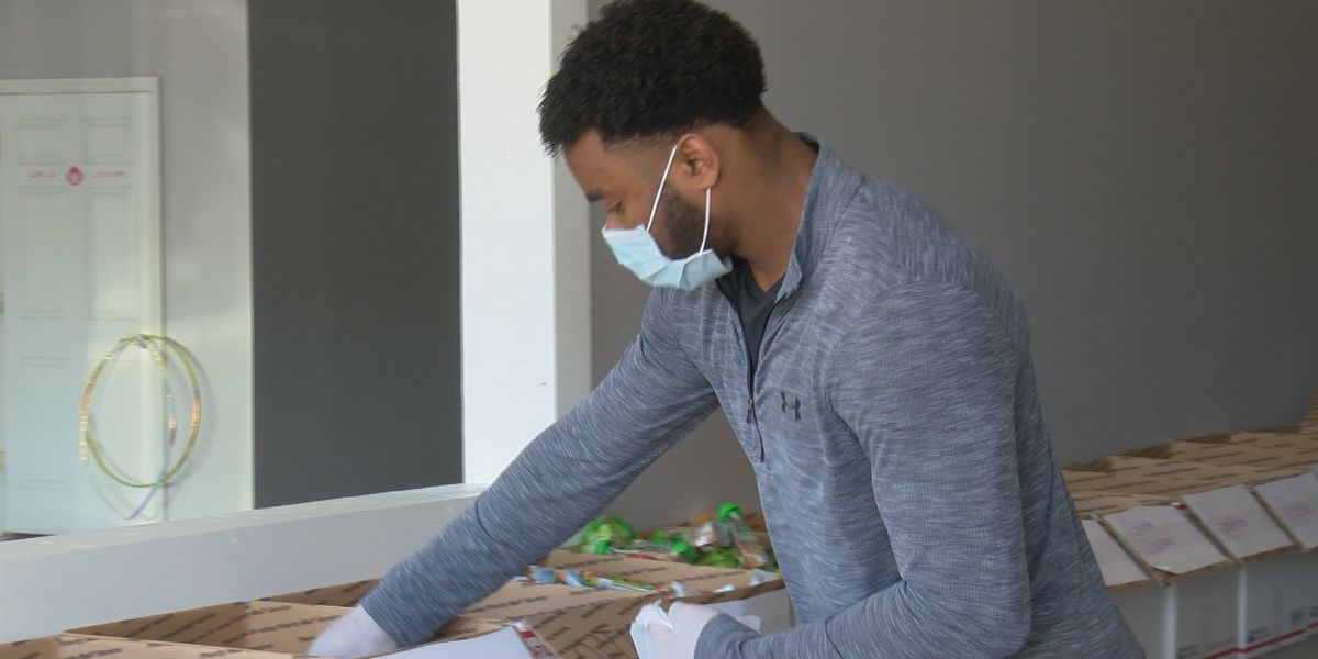 North Alabama native and NFL player Rudy Ford gives back during pandemic