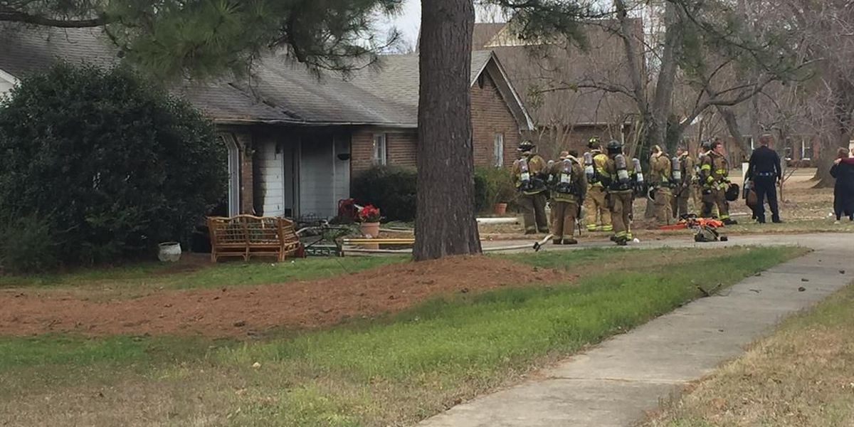 Huntsville Fire crews respond to house fire in south Huntsville