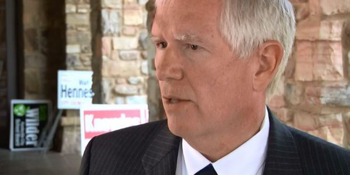 WATCH WAFF: Congressman, Senator make stops in the Tennessee Valley