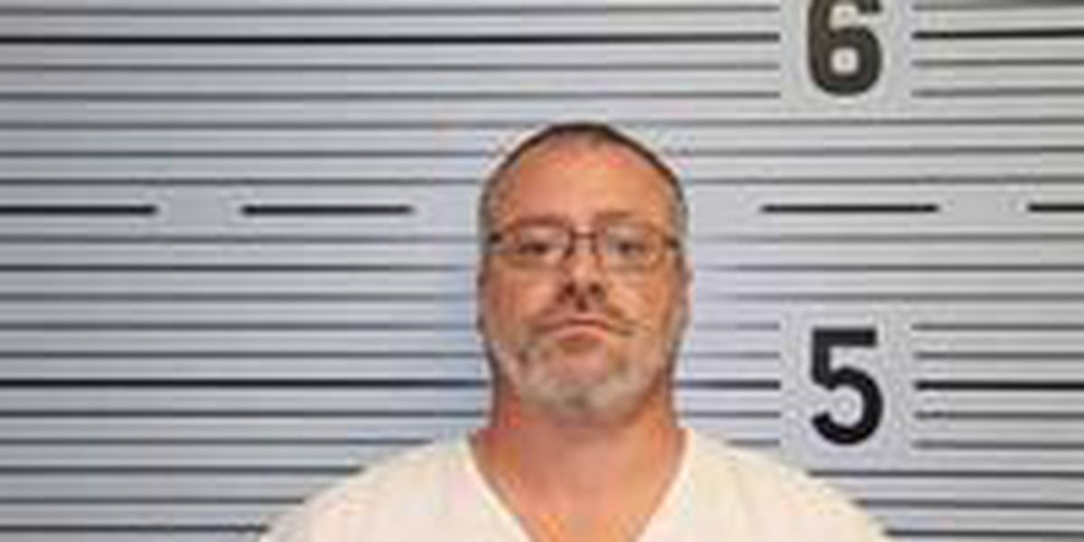 Scottsboro man indicted in fatal crash with bicyclist