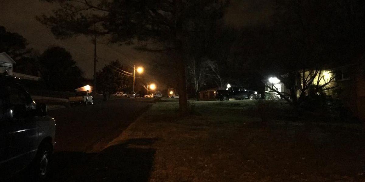 FIRST ALERT: Huntsville police at stand-off near Sparkman Drive