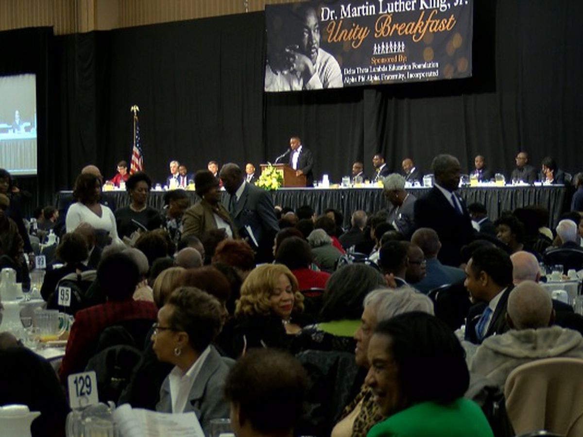 Huntsville mayor's MLK award met with backlash