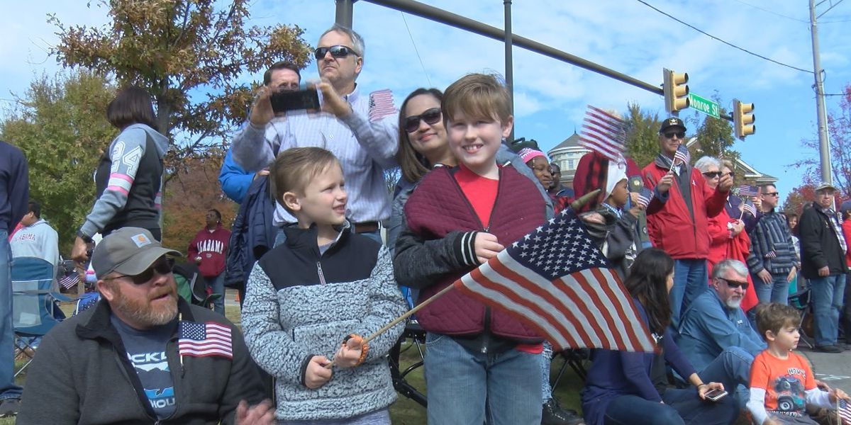 Thousands fill downtown Huntsville for Veterans Day parade