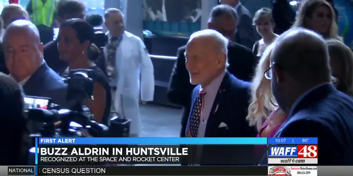 Former astronaut Buzz Aldrin honored at U.S. Space & Rocket Center