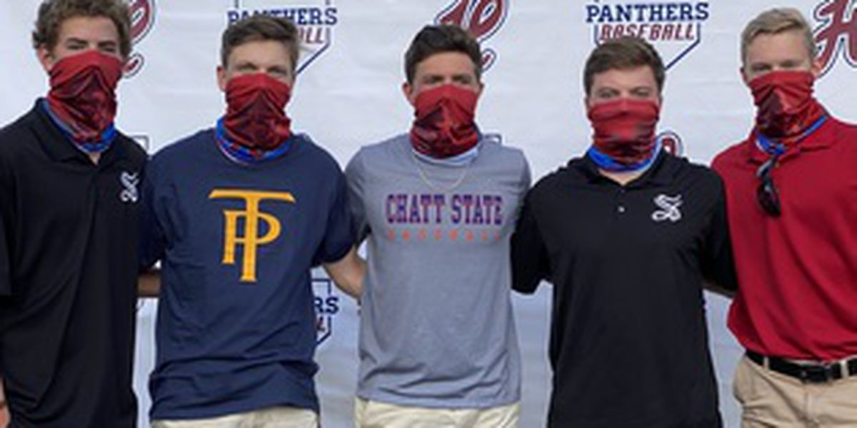 5 Panthers sign baseball scholarships