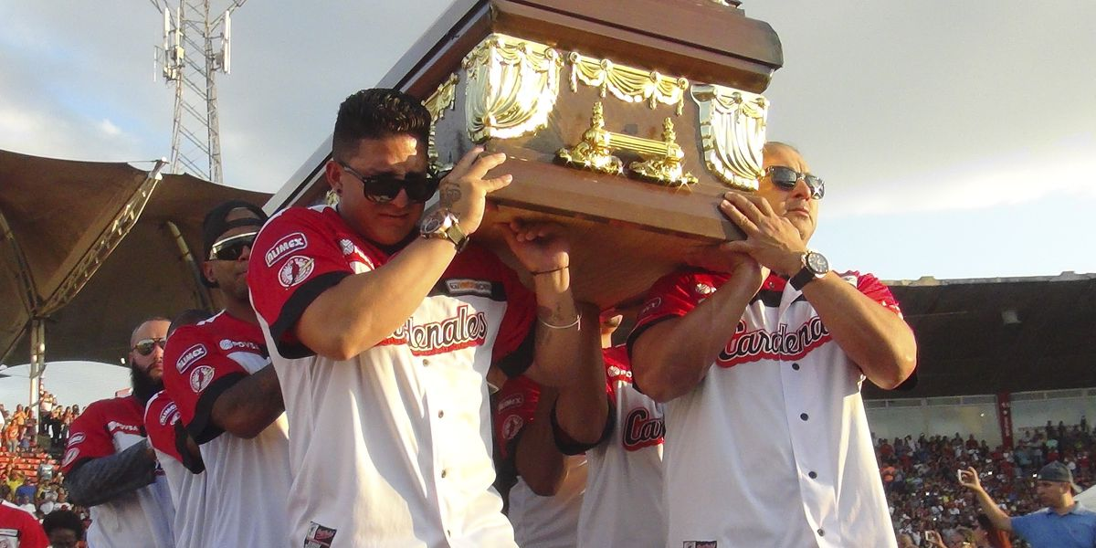 Venezuelan baseball fans mourn death of ex-major leaguers