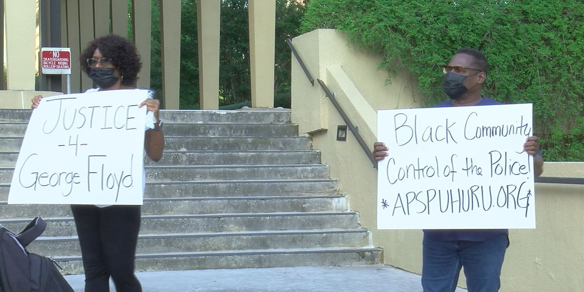 Local group hosts protest in response to Floyd death