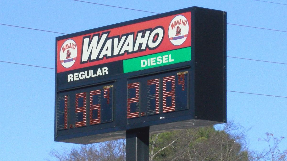 Gas prices below $2 per gallon in the Tennessee Valley
