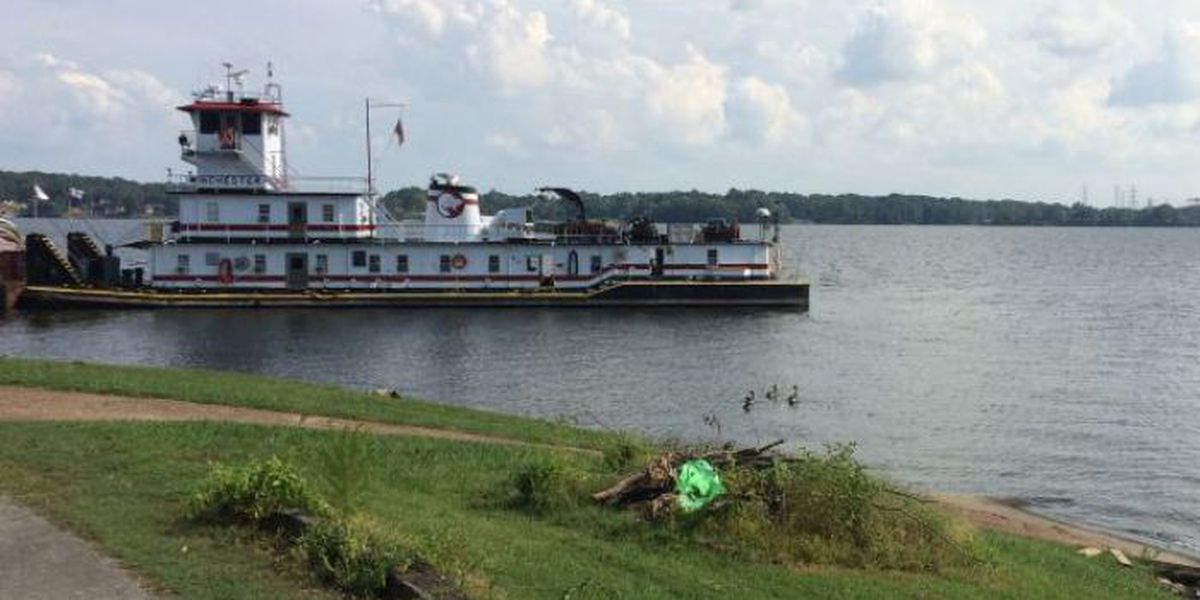 Search resumes for boating victim