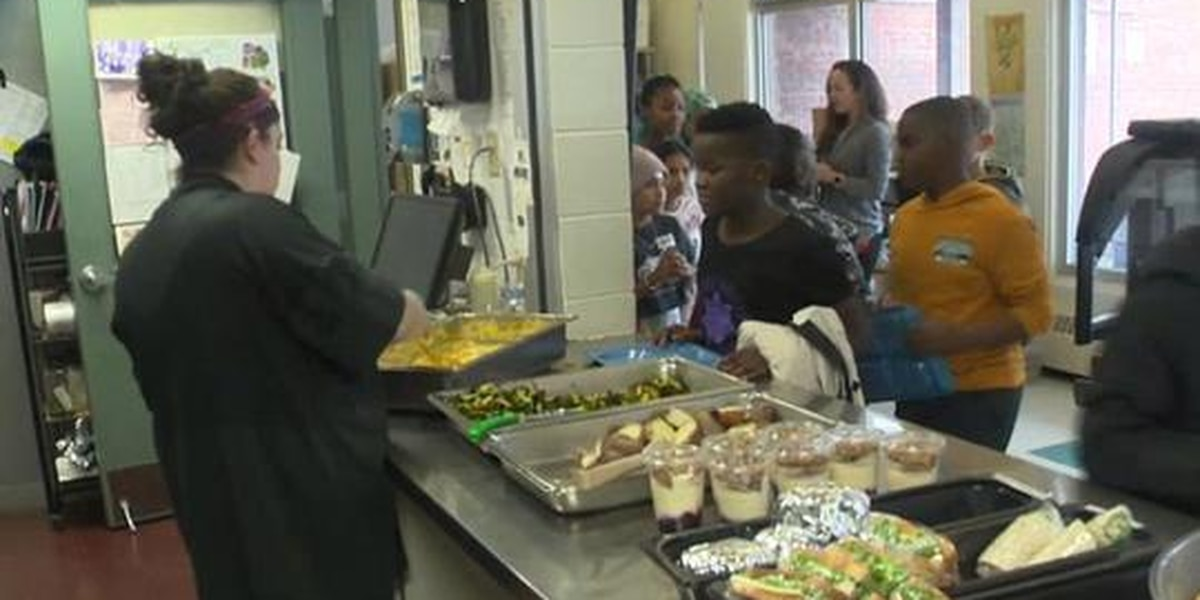Vermont bill would make school meals free