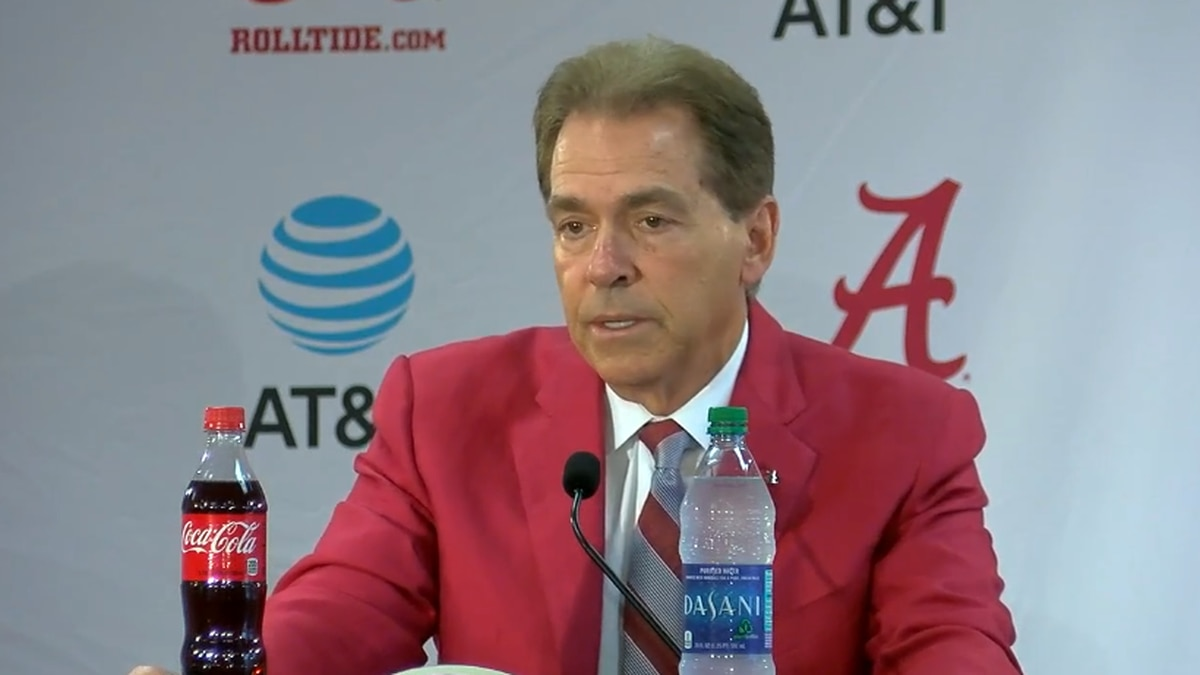 Tide's Nick Saban to have hip replacement surgery, ESPN reports